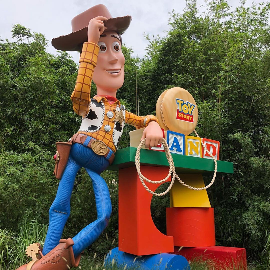 Woody welcomes guests to Toy Story Land