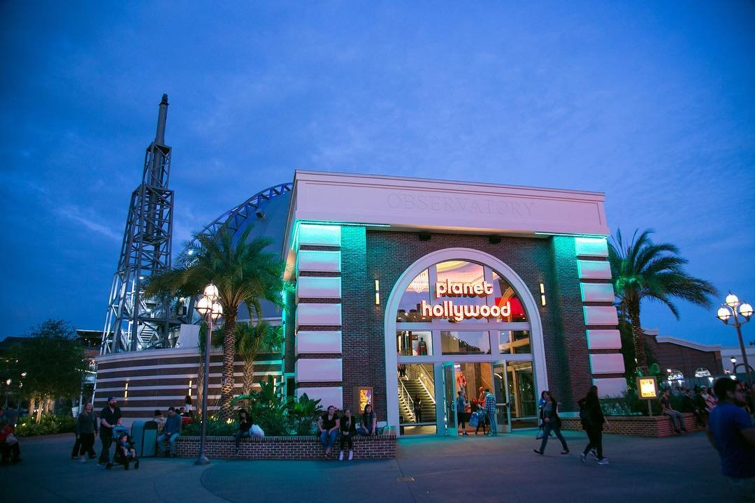 Planet Hollywood in the evening