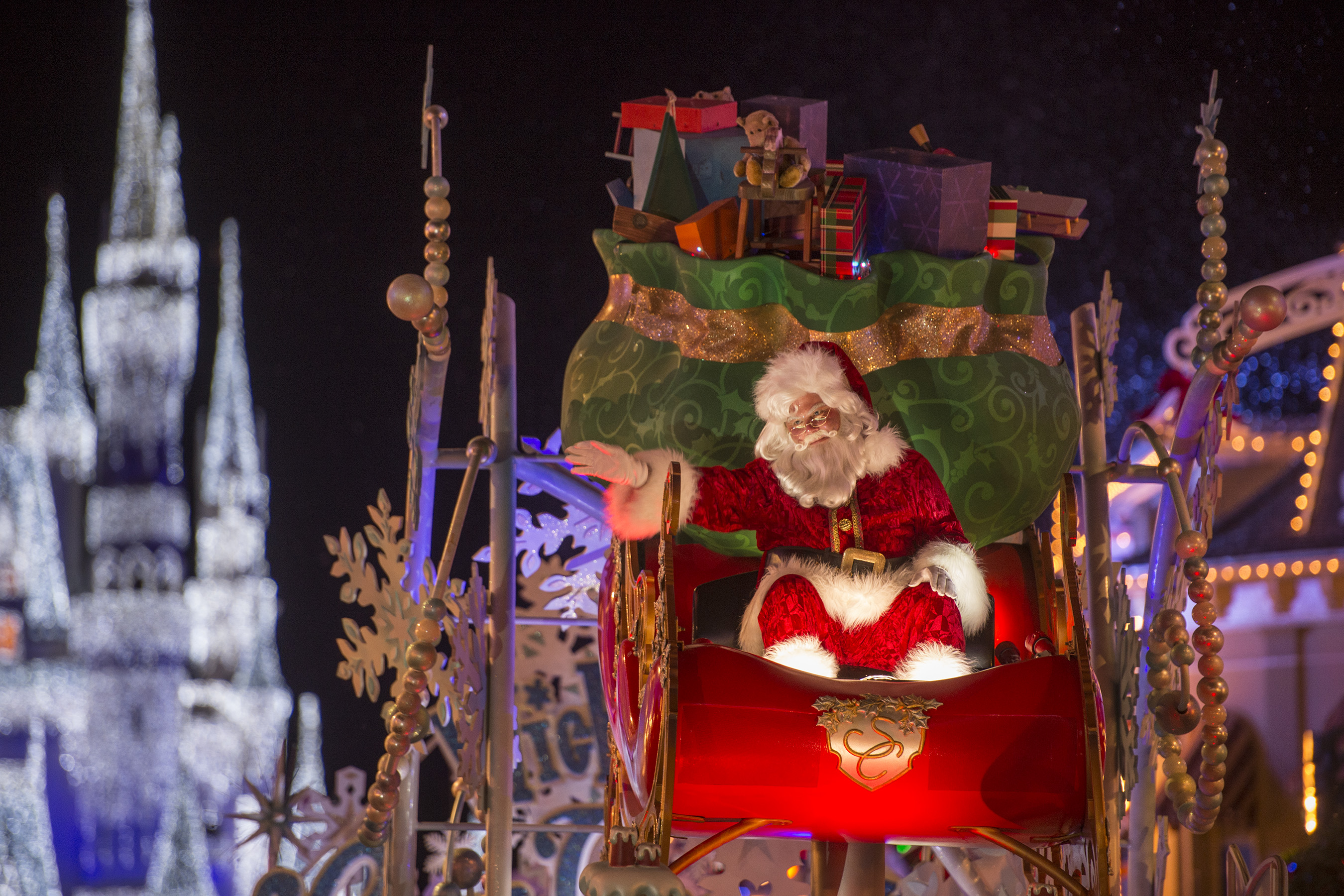 Christmas at Walt Disney World - Mickey's Very Merry Christmas Party