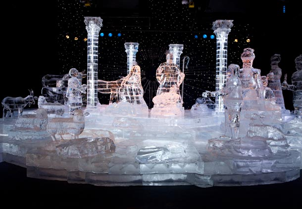 Christmas Ice Sculptures at Gaylord Palms