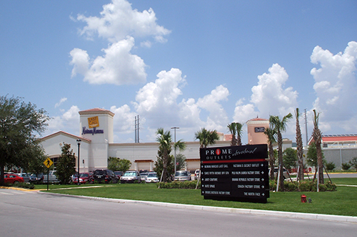 Orlando Premium Outlets on International Drive