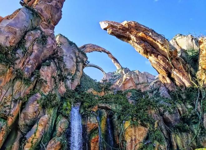 Exterior shot of Avatar Flight of Passage ride