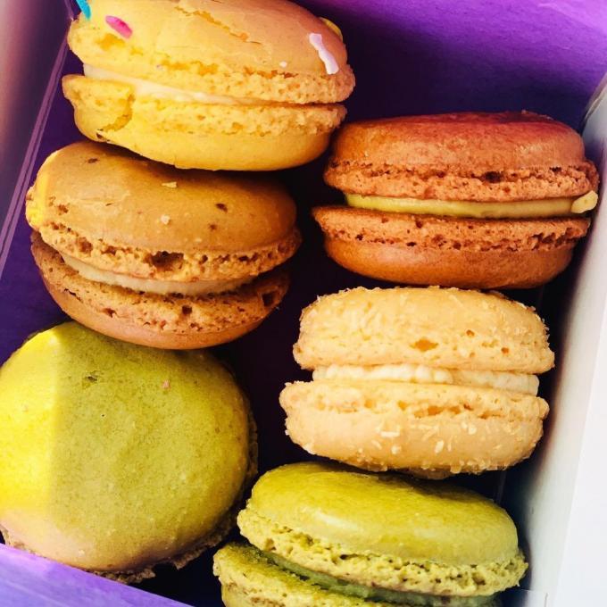 Colorful macarons cookies