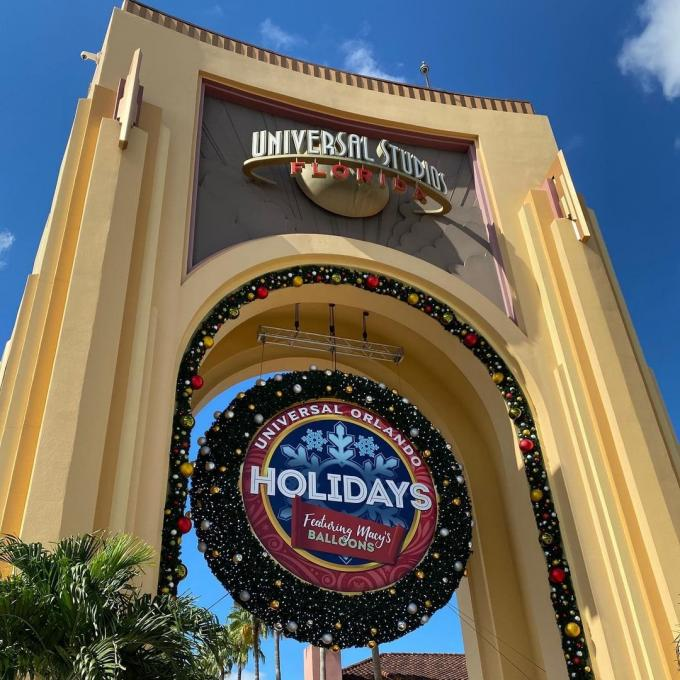 A giant wreath at Universal Studios Florida