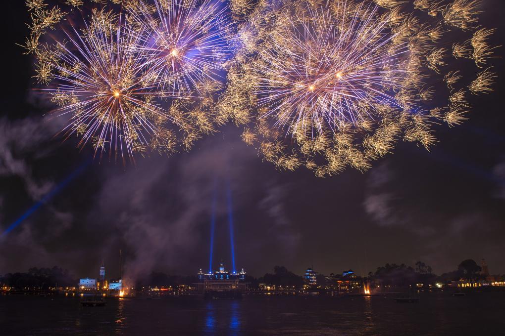 HarmonioUS fireworks display at Epcot