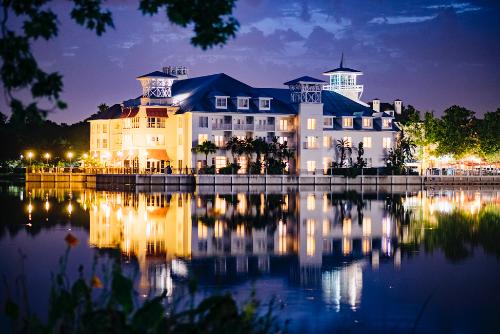 Bohemian Hotel Celebration on a lake