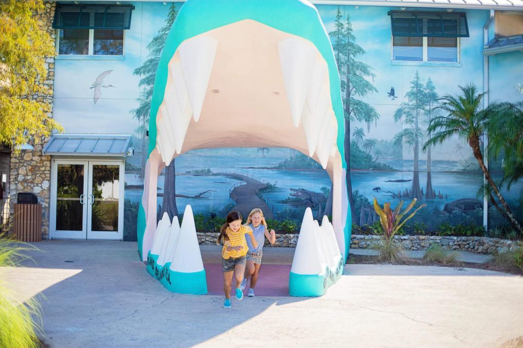 The iconic entrance of Gatorland