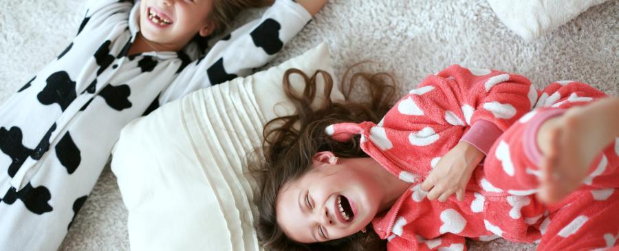 8 Kids Laughing