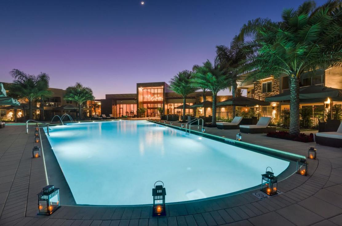 Relax in Luxurious Pool