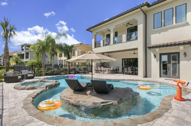 Luxurious Vacation Rentals