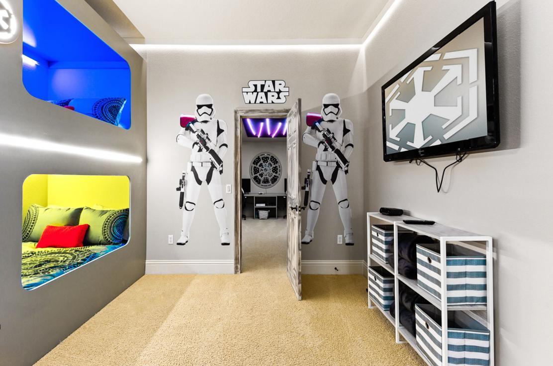 RVH374 Room