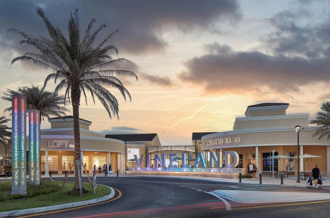Retailers at Orlando Vineland Premium Outlets