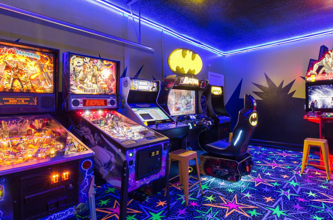 Star Villa has a private arcade with all games set to free play.