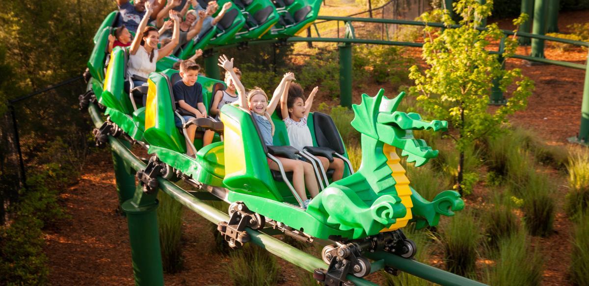 Dragon rollercoaster at LEGOLAND Florida