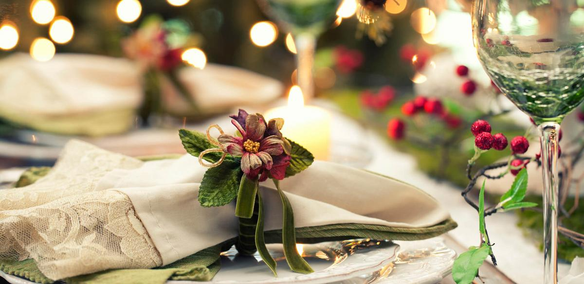 Elegant Christmas Dining Table.