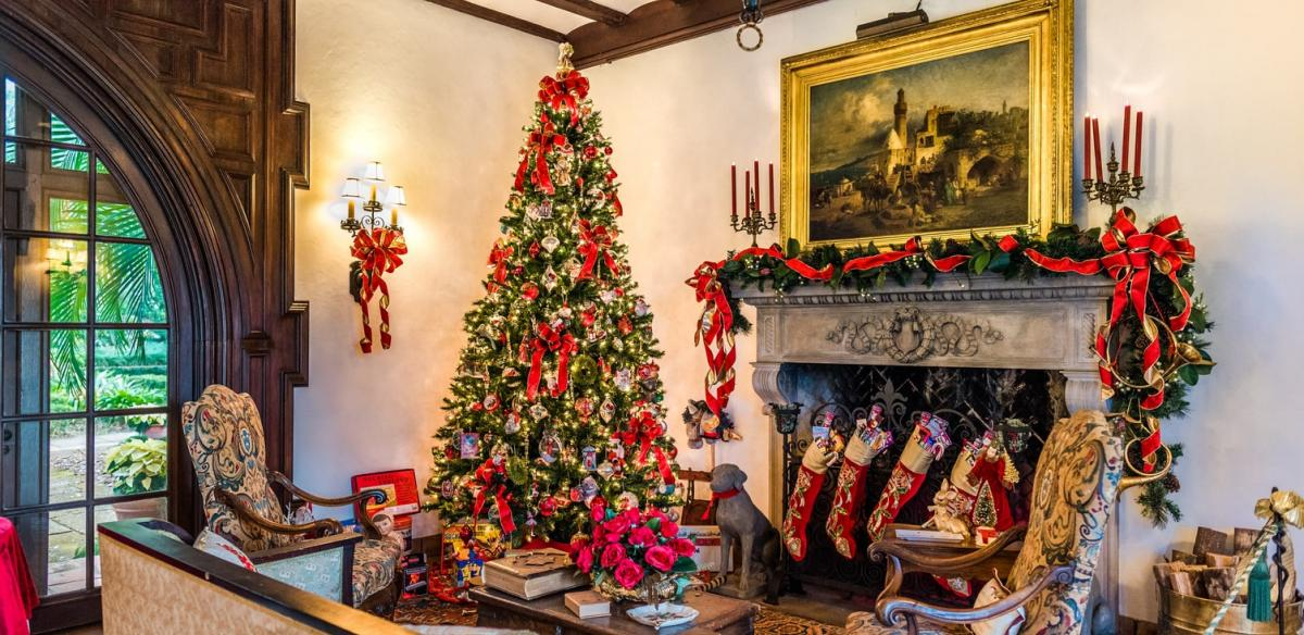 Christmas tree and decor in living room of a vacation home